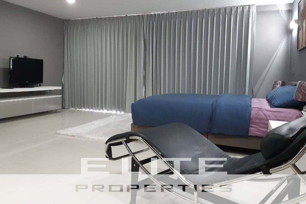 Pattaya Heights - Two Bedroom Condo for Rent -